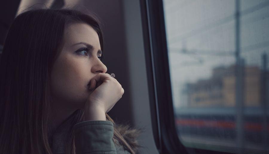 Podróż Busem - kobieta